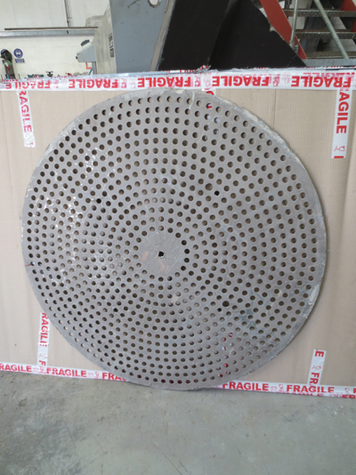 Perforated plate - damaged